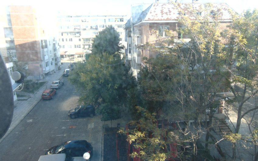 Многостаен апартамент в НЕСЕБЪР-център